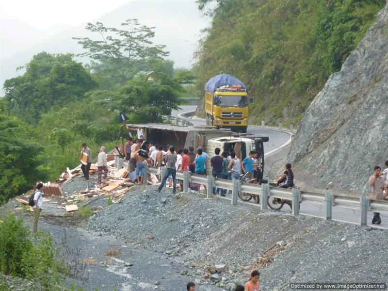 Nearly Sapa - truck crash