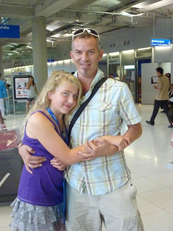 Bangkok - Meeting Polly from her flight