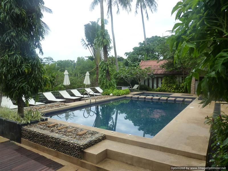 Ao Nang - Hotel pool