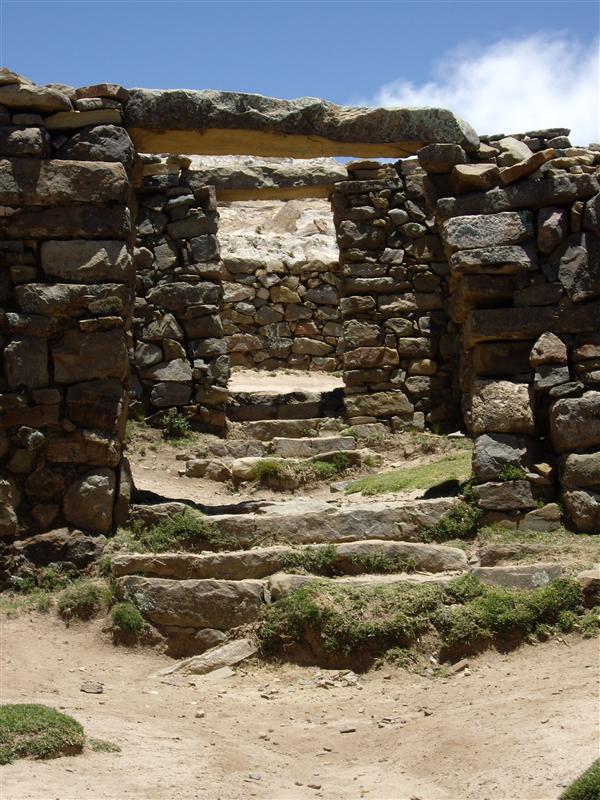 Ruins at the Isla del Sol, on lago titicaca