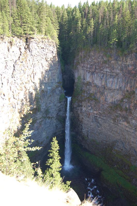 Spahats Falls, Wells Gray