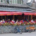 Cafe society, Whistler