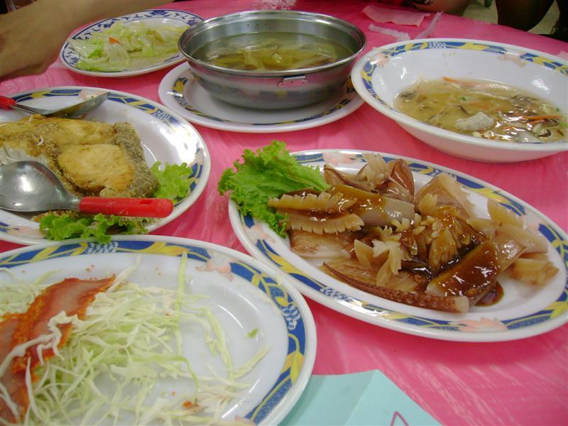 Elephant Park restaurant dishes 2007-07-16 18:05