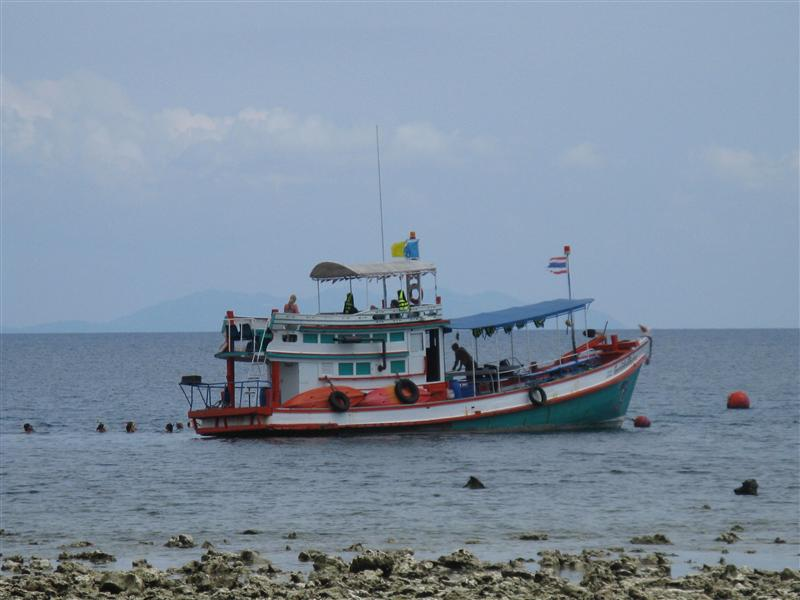 A fishing boatr off the northern coast of Koh Phangan