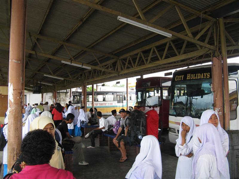 Majhid Tanah bus station