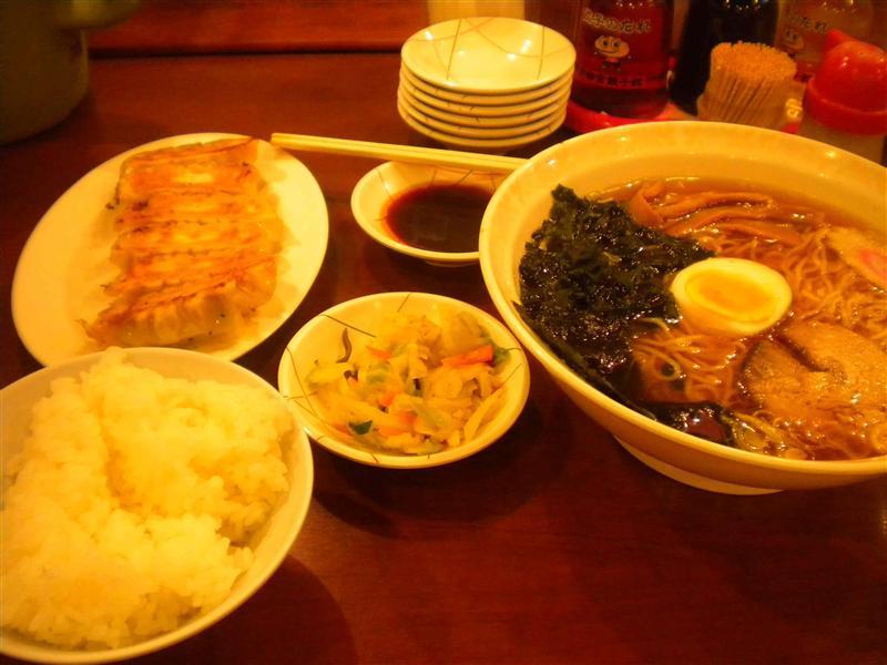 Gyoza and ramen set