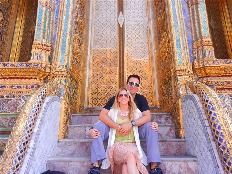 Palace doors at Wat Phra Kaew