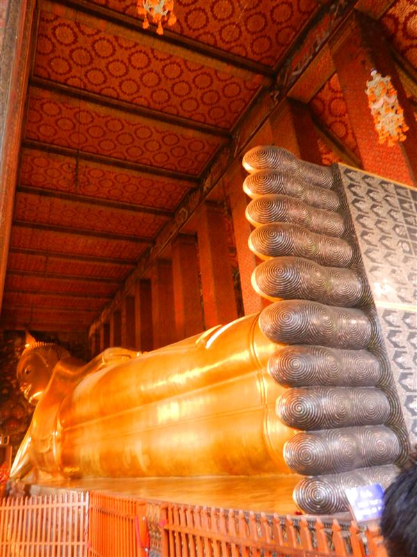 Lying down Buddha at Wat Pho