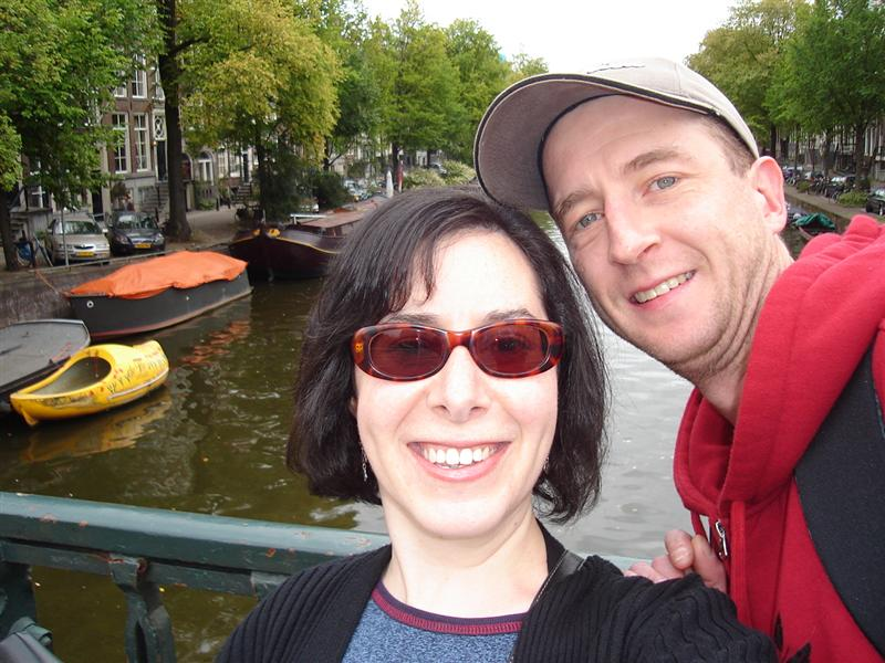 The happy couple at the beautiful canals of Amsterdam