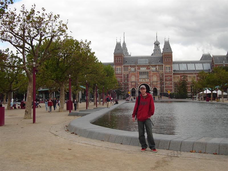 Kristian getting some culture at Museumplein