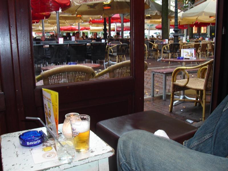 Cool bar in Leidesplein