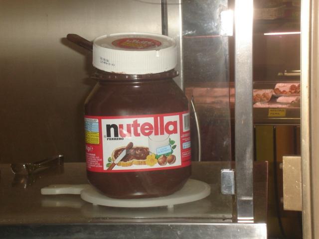 Evi Nutella is everywhere!