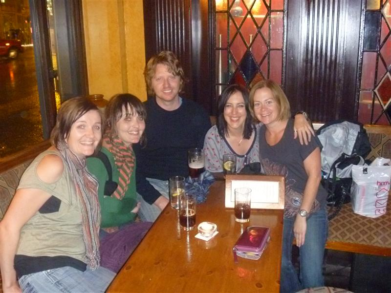 Roch, Bec, Pete, Sheree and Clare, Sat night drinks, Fulham