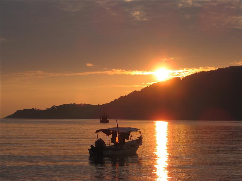 Sunrise over Big Island
