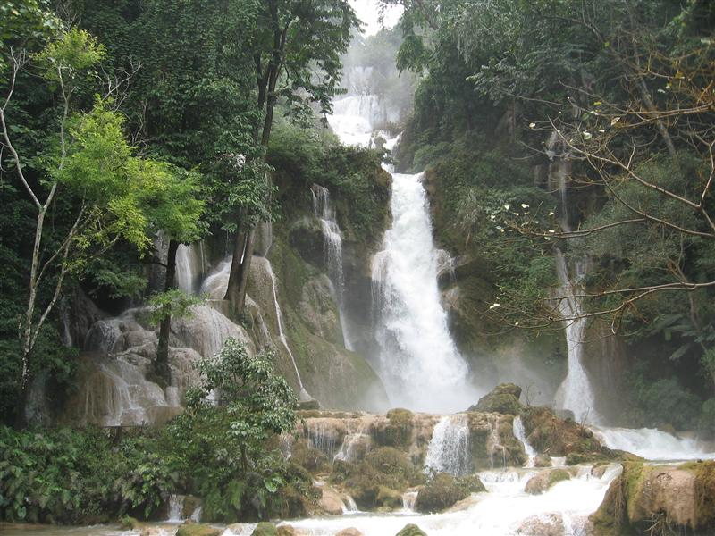 The big waterfall at Khoung Si