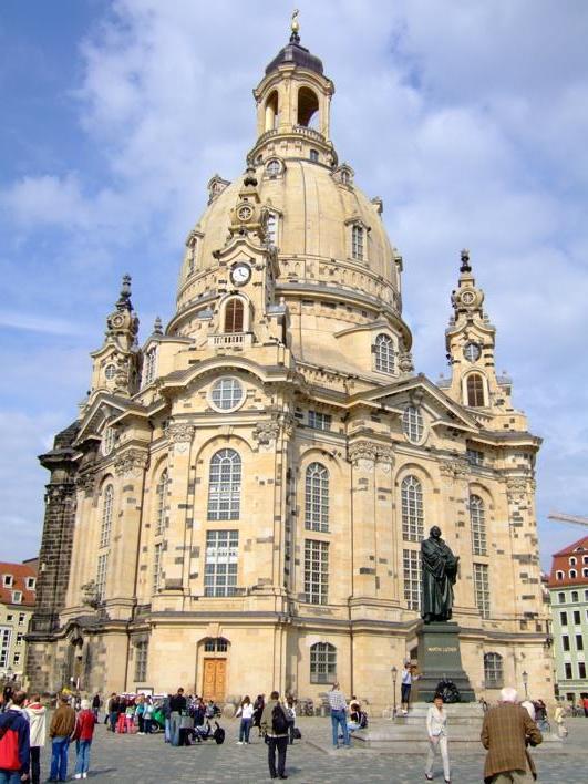 Frauenkirche - rebuilt after destruction in WW II