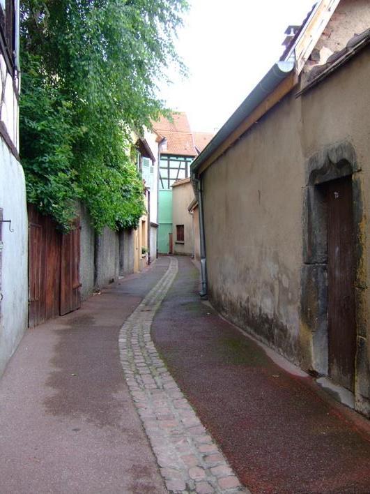 a little lane in Colmar