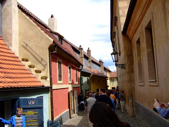 overcrowded Golden Lane in the Prague Castle