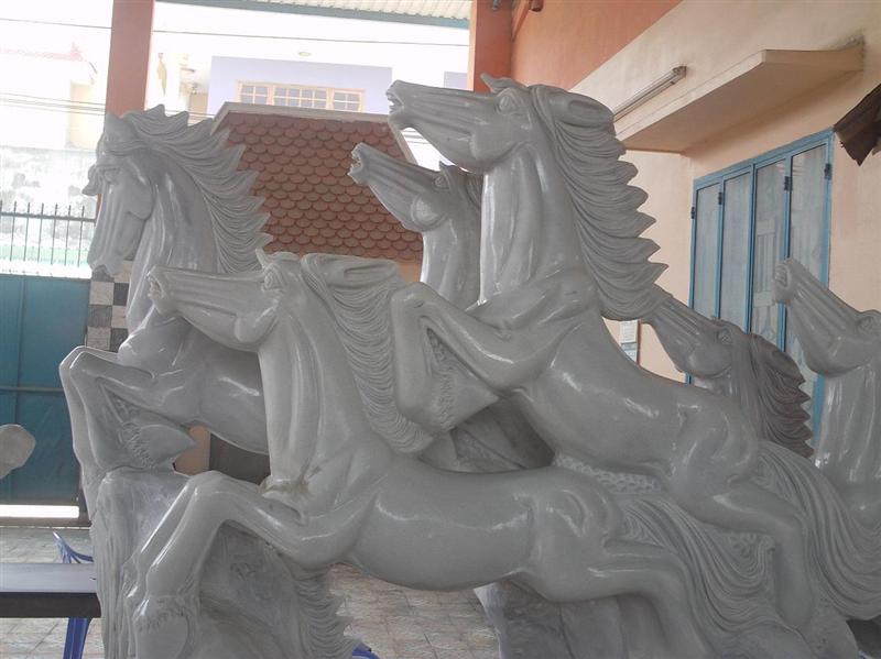 Marble horses