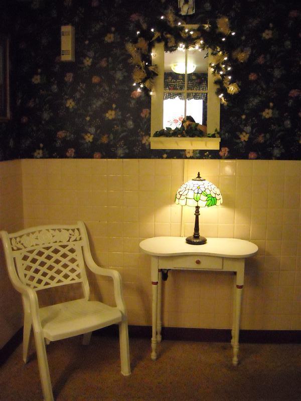 Waffle House Bathroom Corner