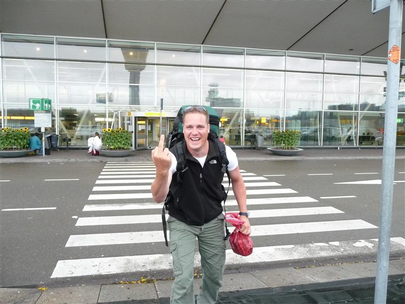 Schiphol Airport Saying bye to Ray