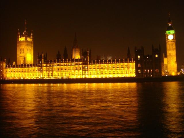 Houses of Parlament (de noche)