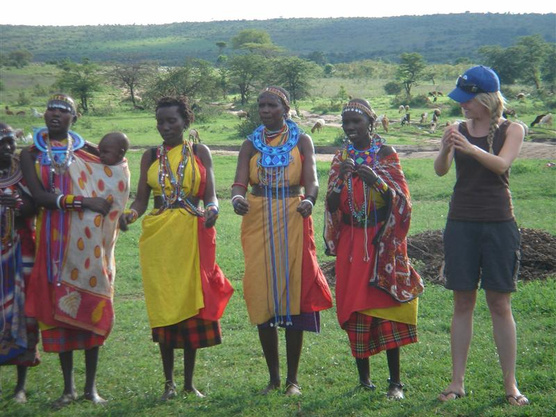 massai dancing
