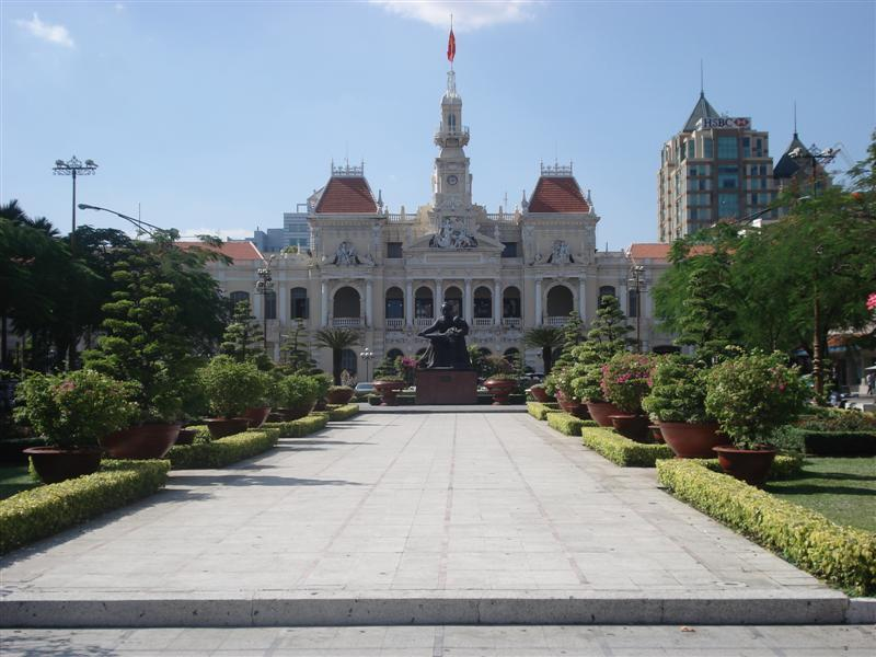 Hotel de Ville in Saigon (now People's Committee)