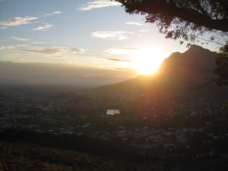 Sun rise at Devils Peak