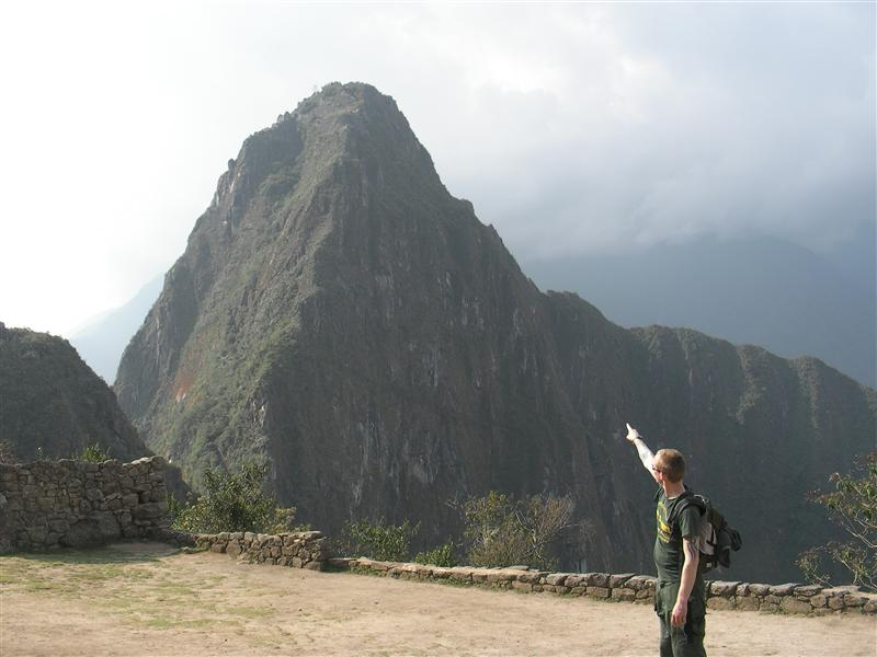 ola shows top of waynapicchu
