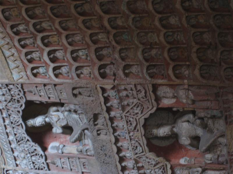 more carvings in yungang caves
