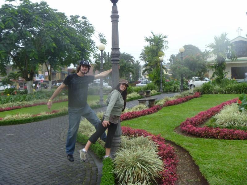 Ryan and Debb, cental park of La Fortuna